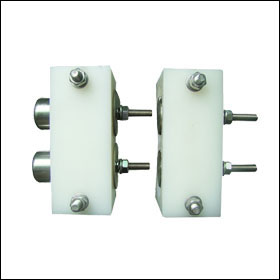 electric fence gate connector
